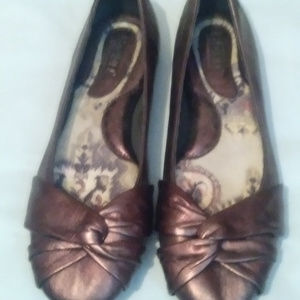 Born womens size 6 Bronze metallic ballet flats